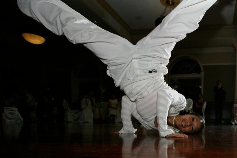 Breakdancing Freeze Legs Wide