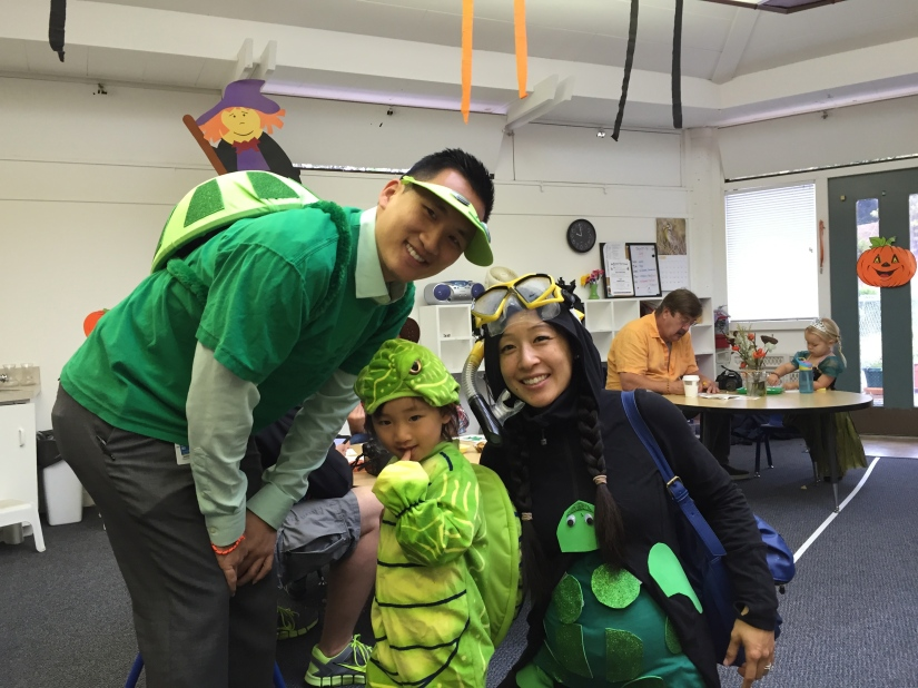 Halloween Family Costume Turtles