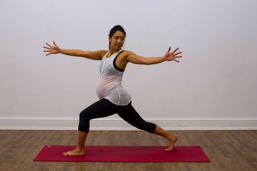Prenatal Yoga Modifications Twisting Crescent Lunge