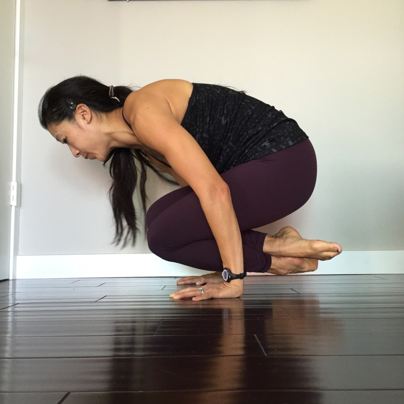 Lolasana Pendant Yoga Pose